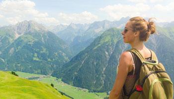 Randonnée dans Jura ou les Alpes