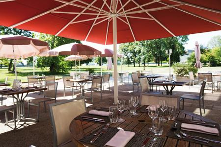 terrasse hotel la villa du lac divonne