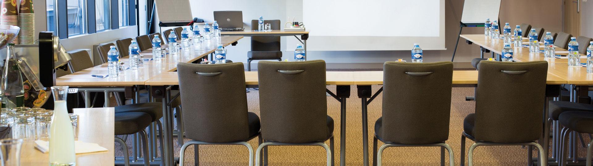 Buffet salle de réunion