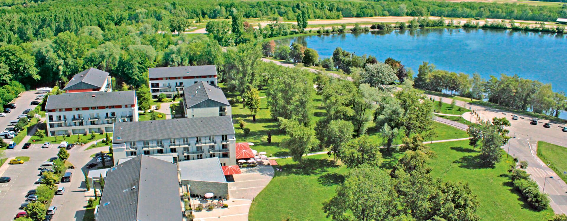 Hôtel et résidence La Villa du Lac à Divonne